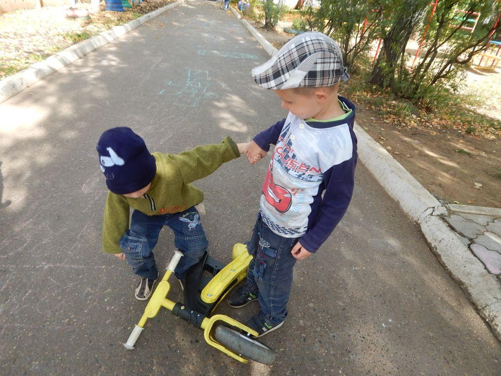Ветрянка в легкой форме у детей симптомы фото начальная стадия